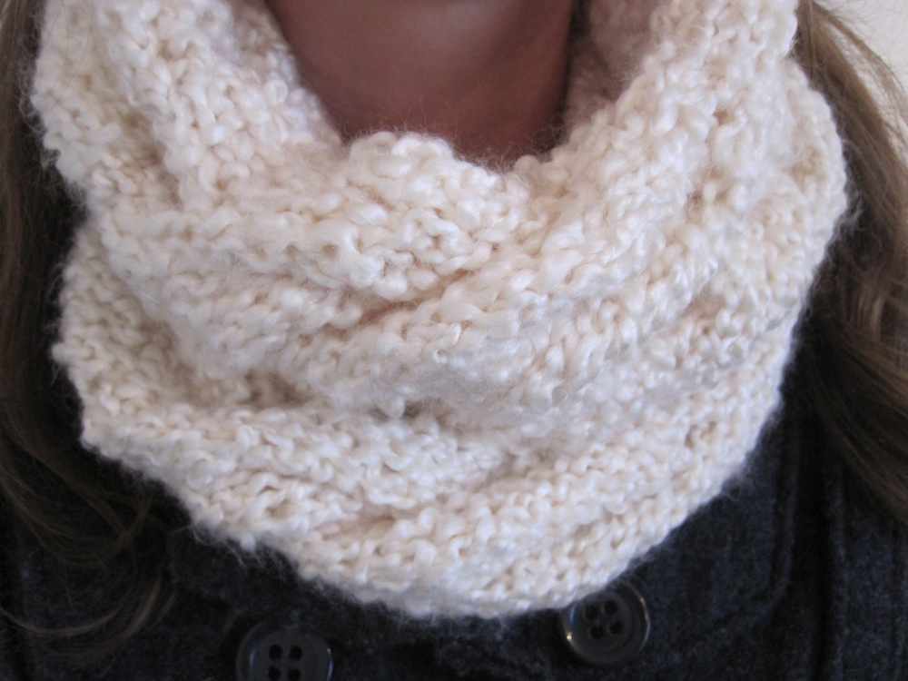 Cabled Cowl Knitting Pattern : cabled cowl scarf