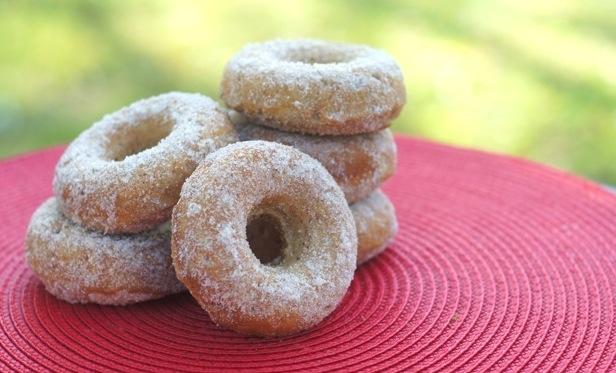 apple cinnamon donuts with cinnamon-sugar