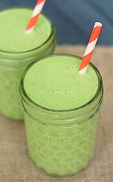 Skinny Tropical Green Smoothie