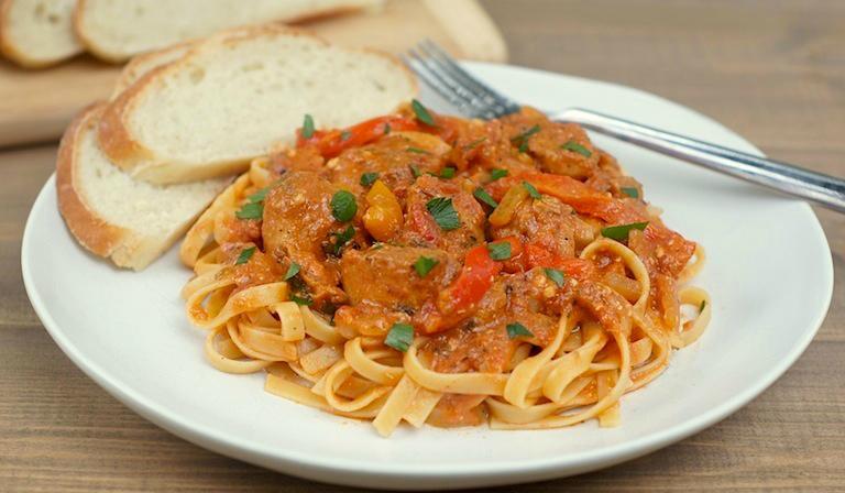 slow-cooker cajun chicken pasta
