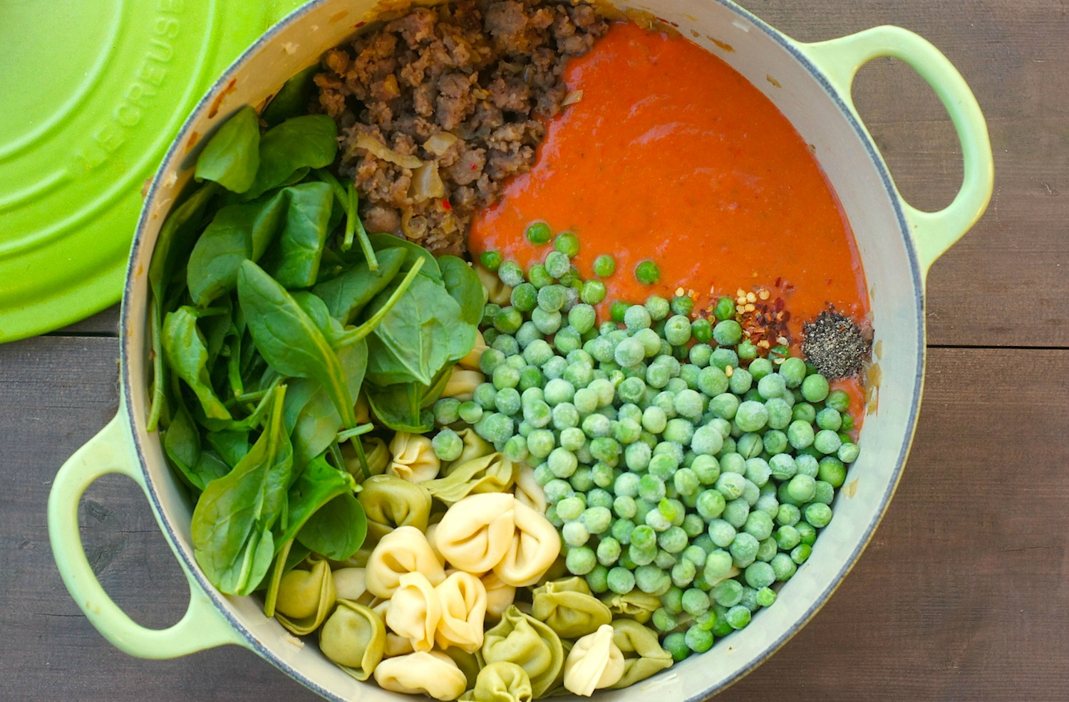 One-Pot Tortellini with Sausage, Spinach + Peas