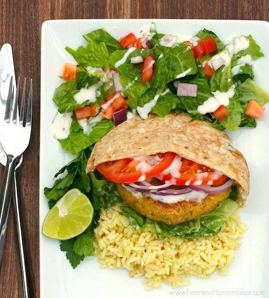 Simple Falafel Burgers {Vegan} | www.FearlessHomemaker.com