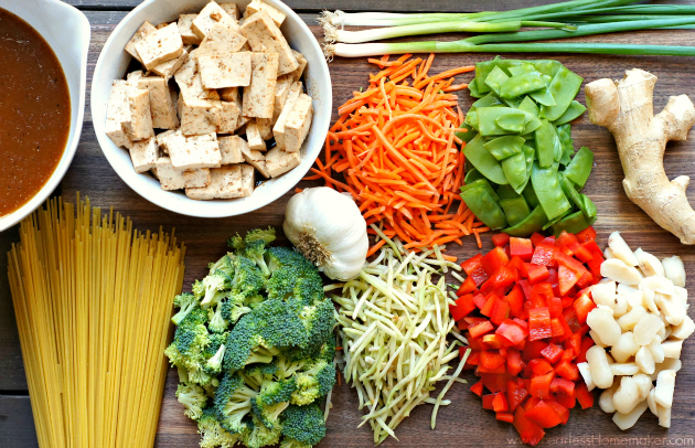 Vegetable + Tofu Lo Mein | www.FearlessHomemaker.com